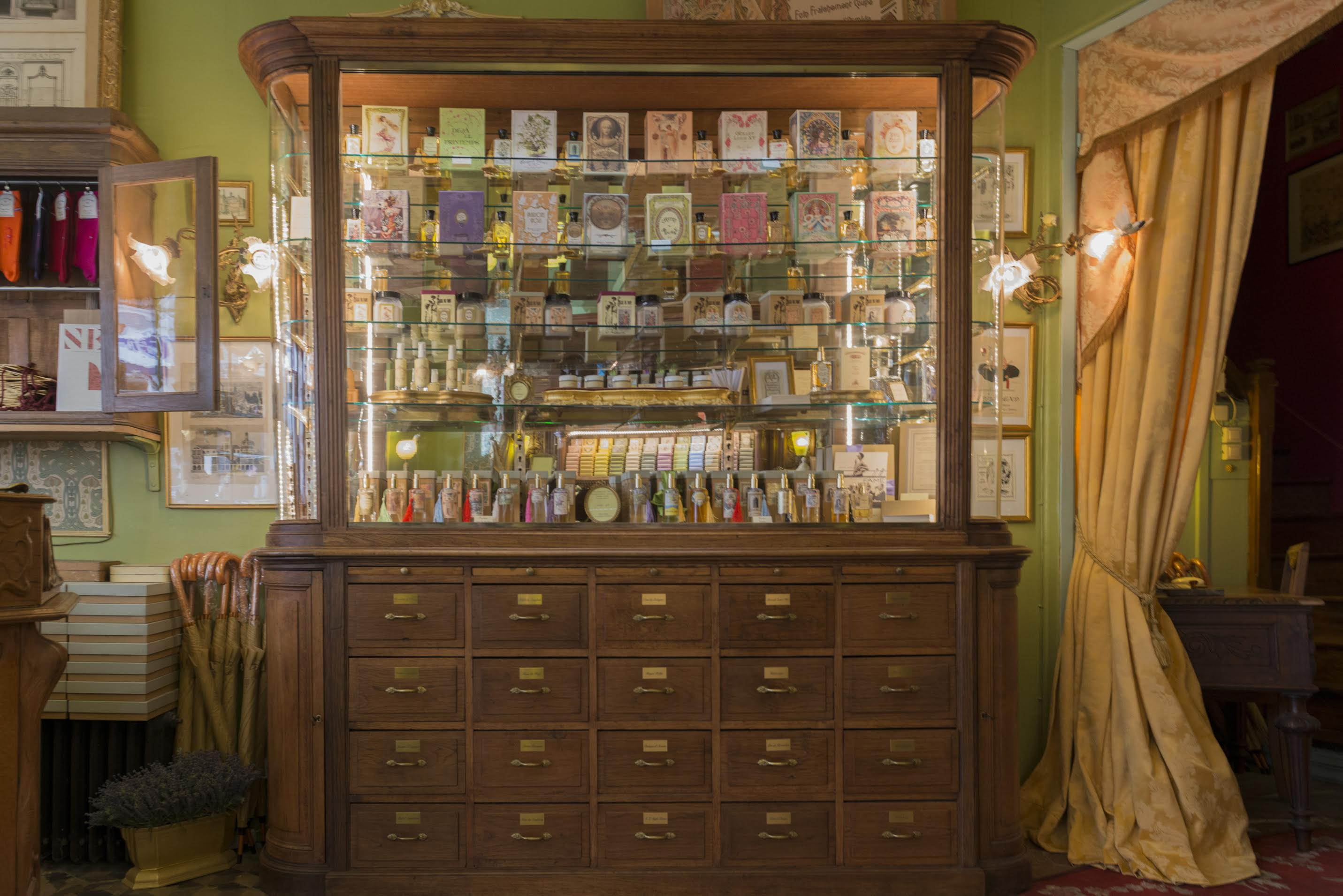 """Franck et Hugo (parfumerie Oriza L. Legrand Parfums, à Paris) : """"Notre magasin est une machine sensorielle à remonter le temps !"""""""