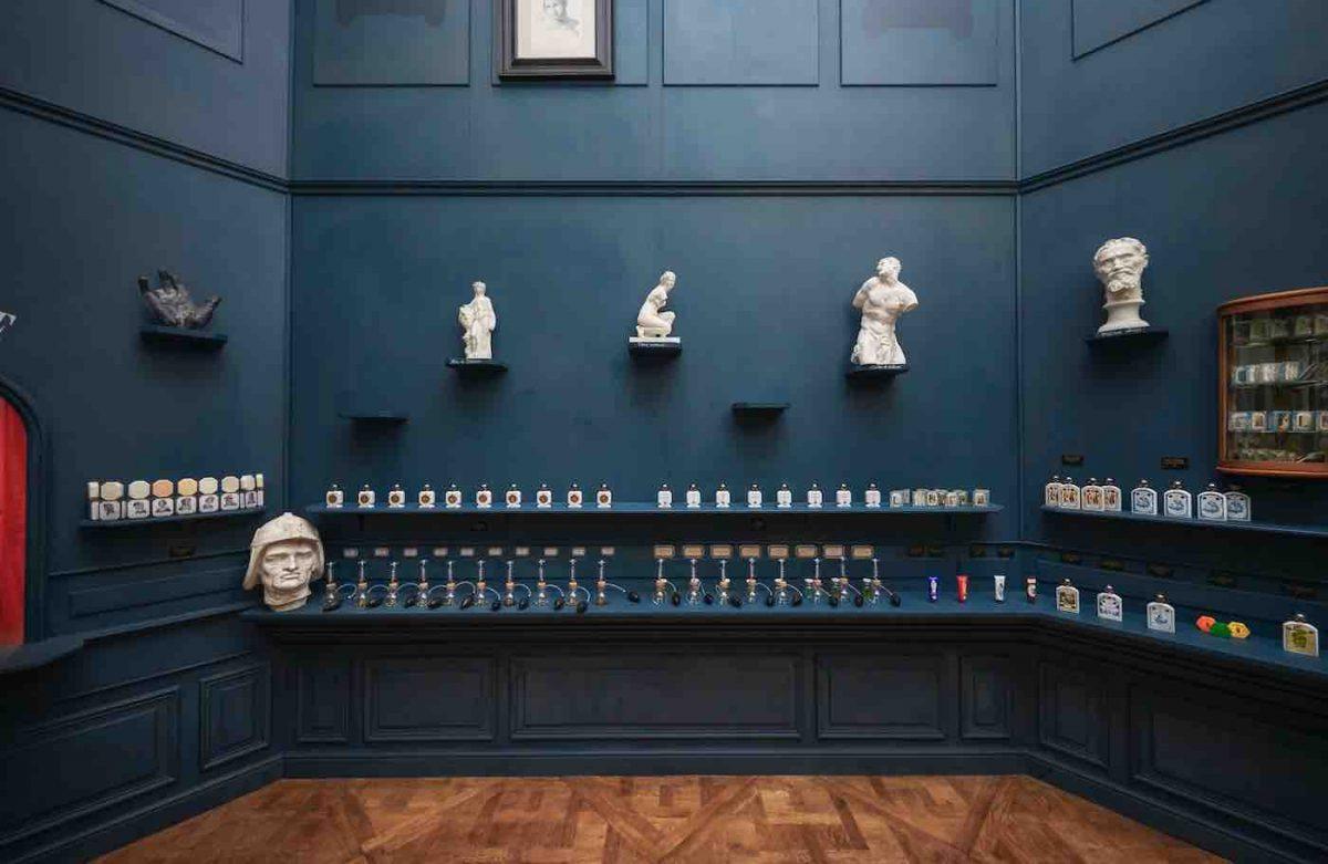 Les œuvres du musée du Louvre se mettent au parfum avec Buly